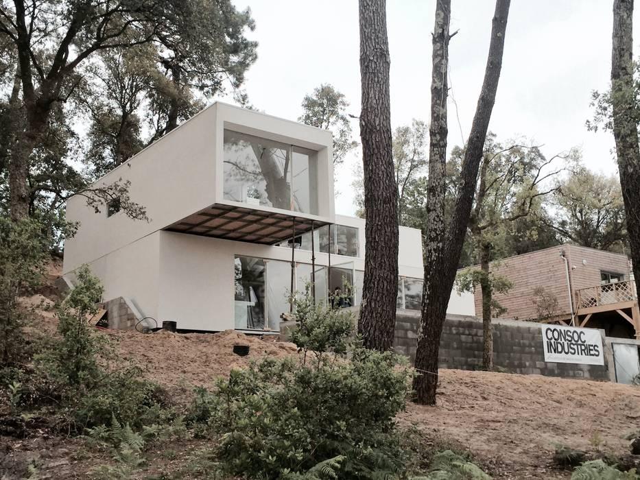 modern  by Fábrica Das Casas, Modern