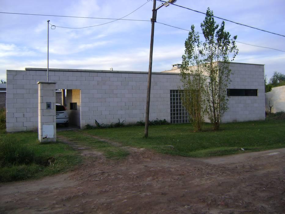 Дома в . Автор – Marcelo Manzán Arquitecto, Минимализм