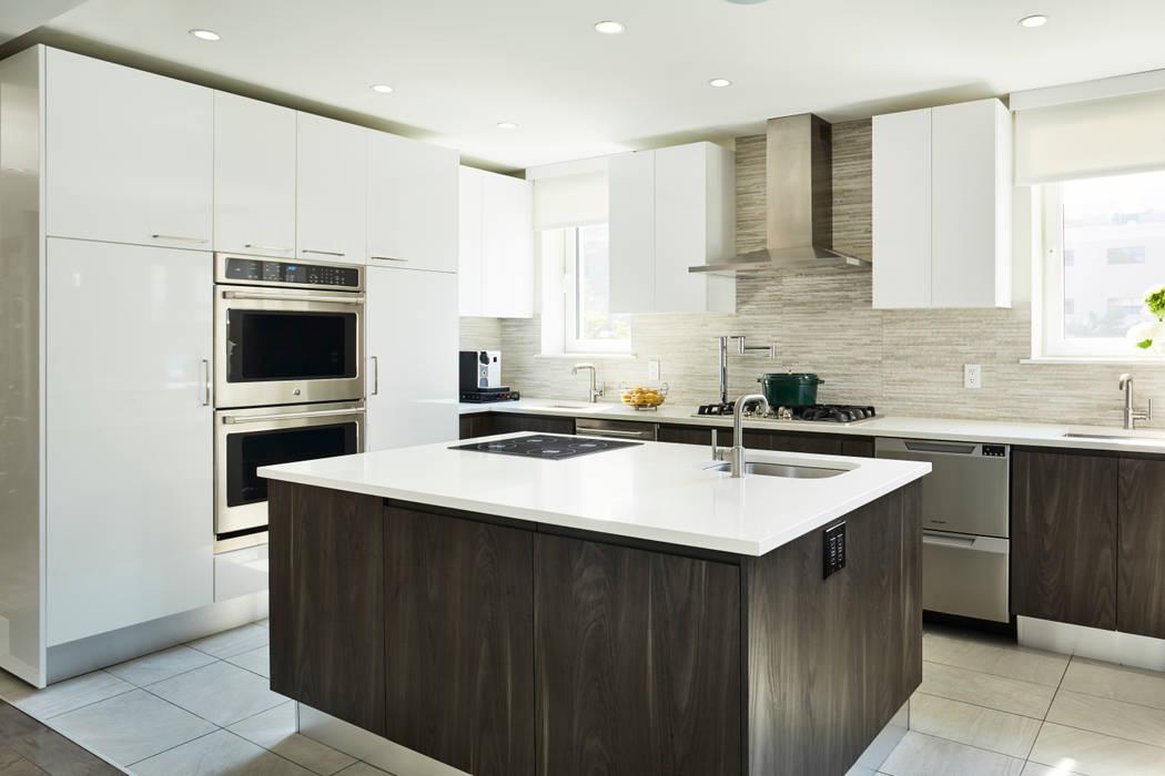 Modern kitchen by M Monroe Design Modern