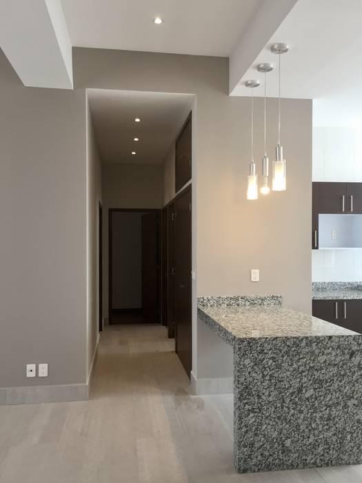 Paredes y pisos de estilo moderno de Alejandra Zavala P. Moderno
