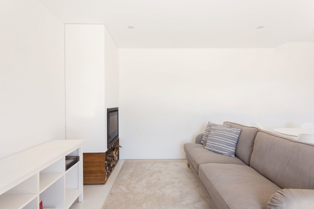 SH HOUSE PAULO MARTINS ARQ&DESIGN Salas de estar escandinavas