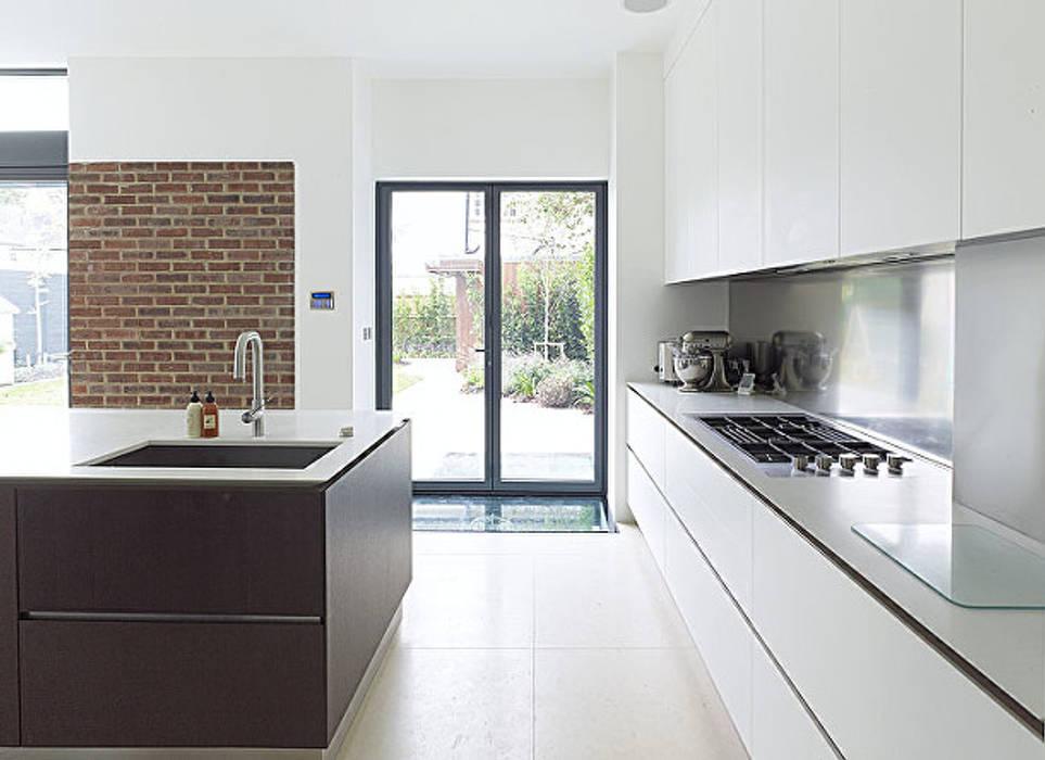 Gallery House on Richmond Park Moderne Küchen von Elemental Architecture Modern