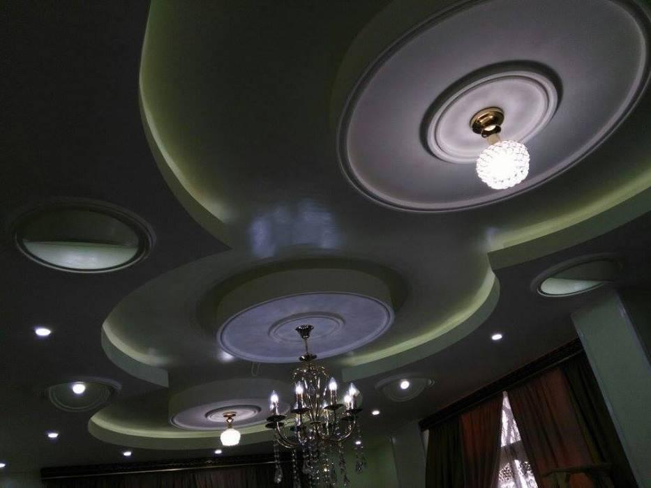 تشطيب شقة بالتجمع الخامس بالقاهرة الجديدة  مع شركة كاسل:  غرفة الملابس تنفيذ كاسل للإستشارات الهندسية وأعمال الديكور في القاهرة