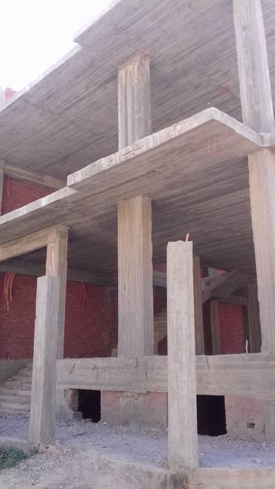فيلا سكنية بالسادس من أكتوبر:  منازل تنفيذ ahmed hamdi, كلاسيكي
