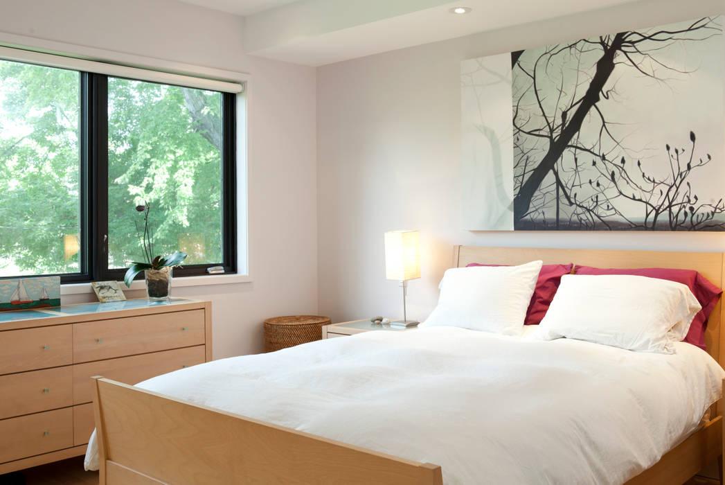 Scandinavian style bedroom by Post Architecture Scandinavian