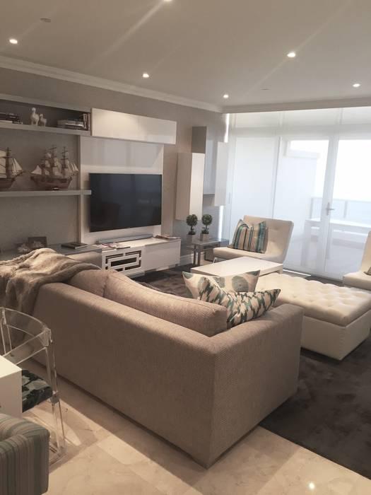 Modern living room by Frans Alexander Interiors Modern