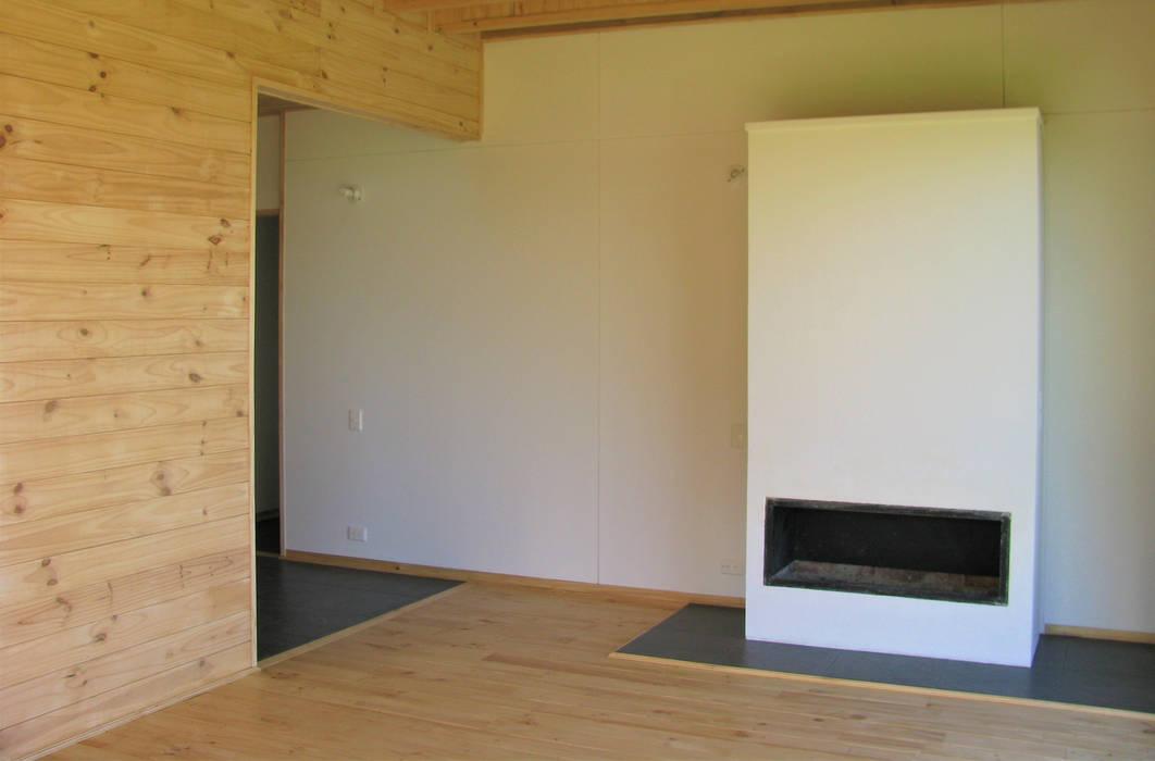 Taller de Ensamble SAS 现代客厅設計點子、靈感 & 圖片 木頭 Wood effect
