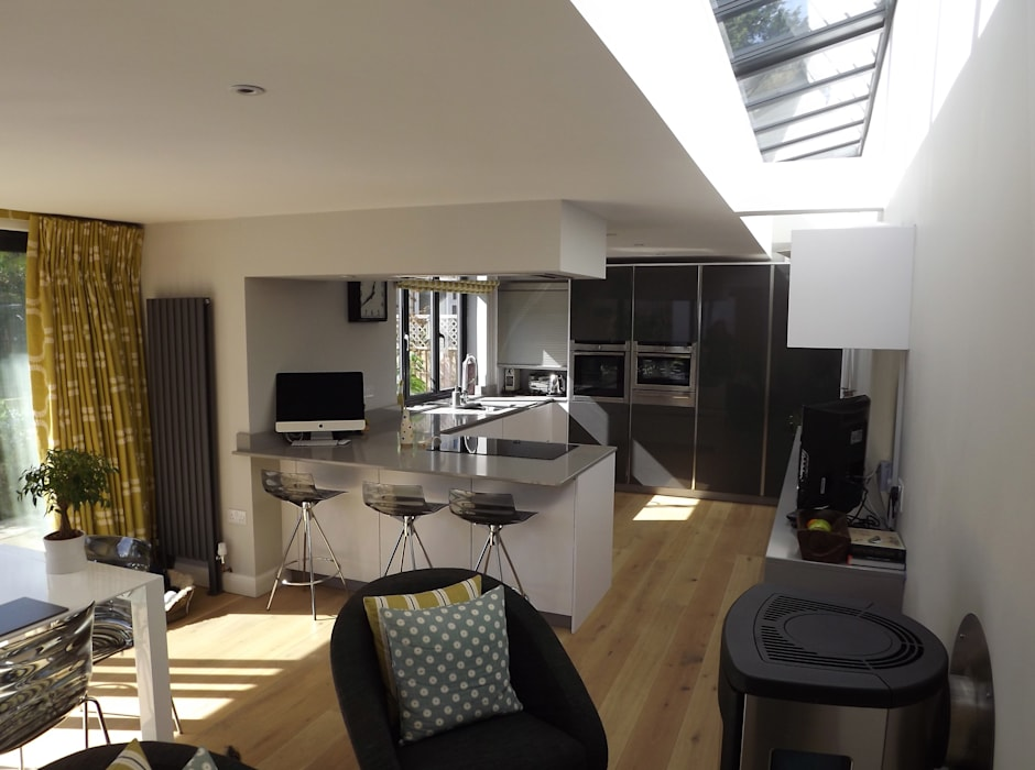 Kitchen by Richard Pedlar Architects, Modern