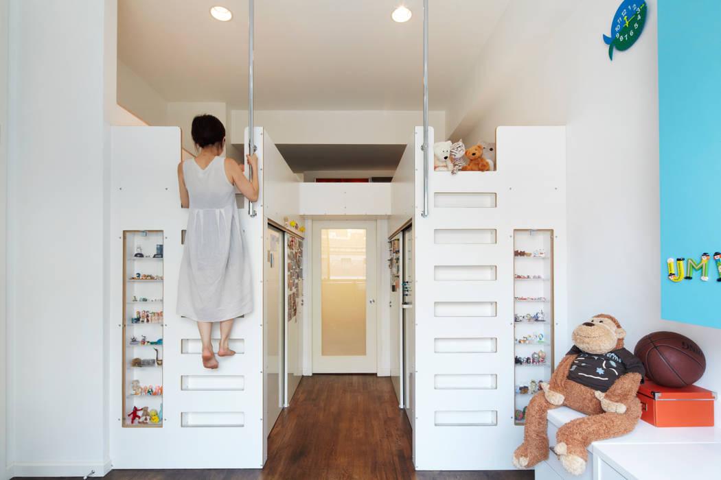 Koko Architecture + Design Kamar Bayi/Anak Modern