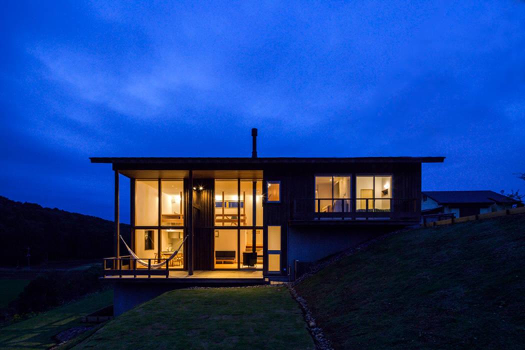 Fenêtres de style  par 中山大輔建築設計事務所/Nakayama Architects
