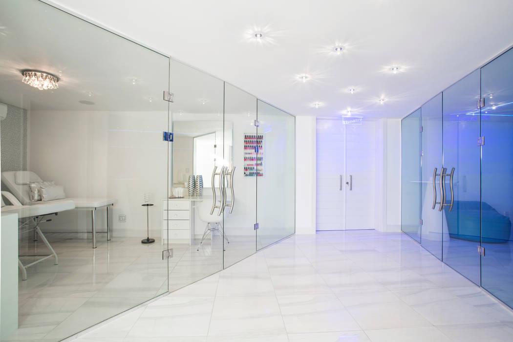 Ultra modern residence spa by francois marais architects homify - Salon ultra moderne ...