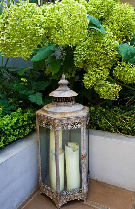 Garden Lighting Classic style garden by GreenlinesDesign Ltd Classic
