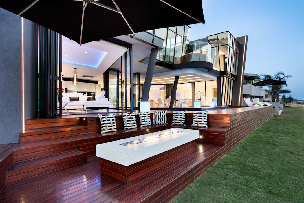 Modern balcony, veranda & terrace by FRANCOIS MARAIS ARCHITECTS Modern