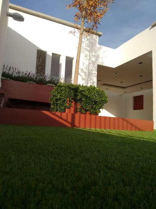 Taman oleh Arqca, Modern