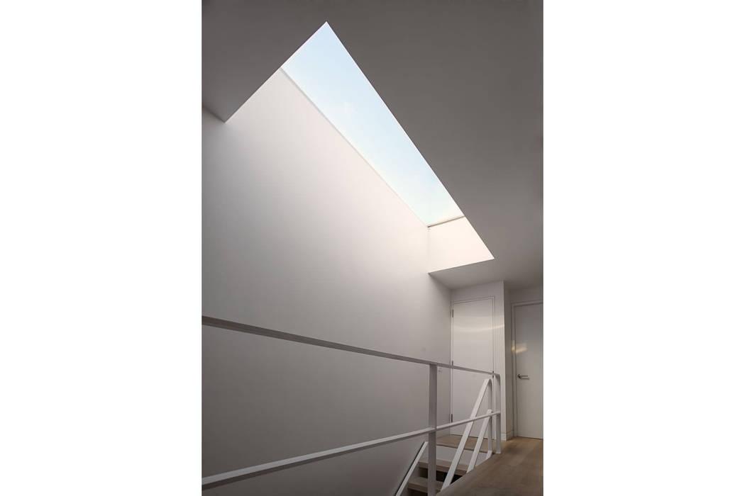 Sarah Jefferys Design Koridor & Tangga Modern