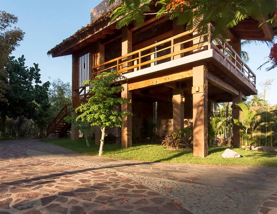 Rumah Gaya Rustic Oleh Cervantesbueno arquitectos Rustic Batu