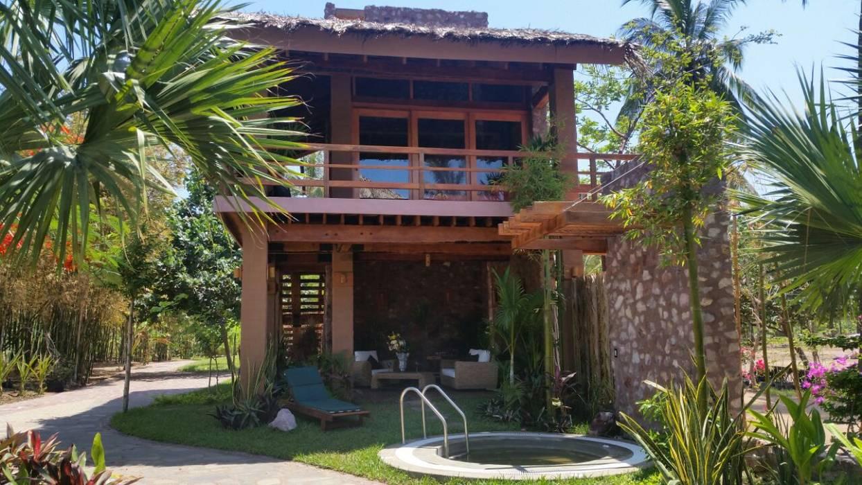 Jardines de estilo  por Cervantesbueno arquitectos, Rústico Piedra