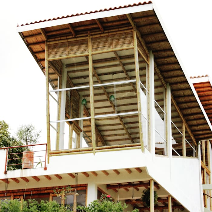Fachada posterior Casas modernas de Zuarq. Arquitectos SAS Moderno Bambú Verde