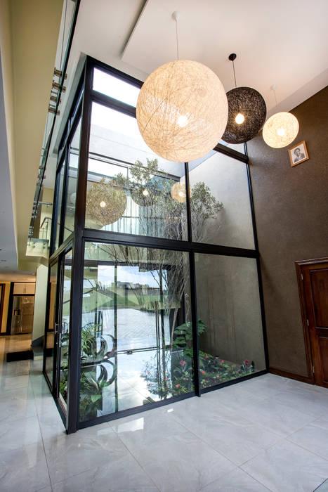 หน้าต่าง โดย FRANCOIS MARAIS ARCHITECTS, โมเดิร์น