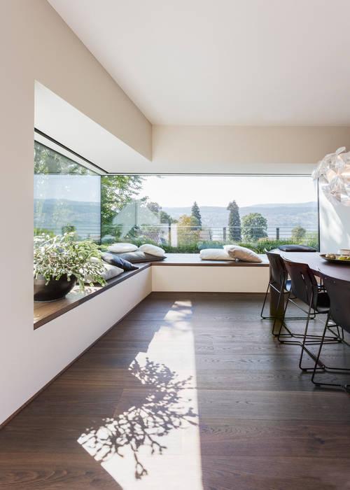 Comedores de estilo moderno de meier architekten zürich Moderno