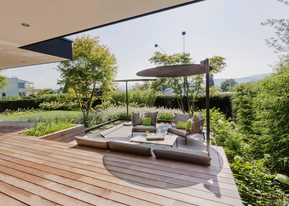 Modern balcony, veranda & terrace by meier architekten zürich Modern Wood Wood effect