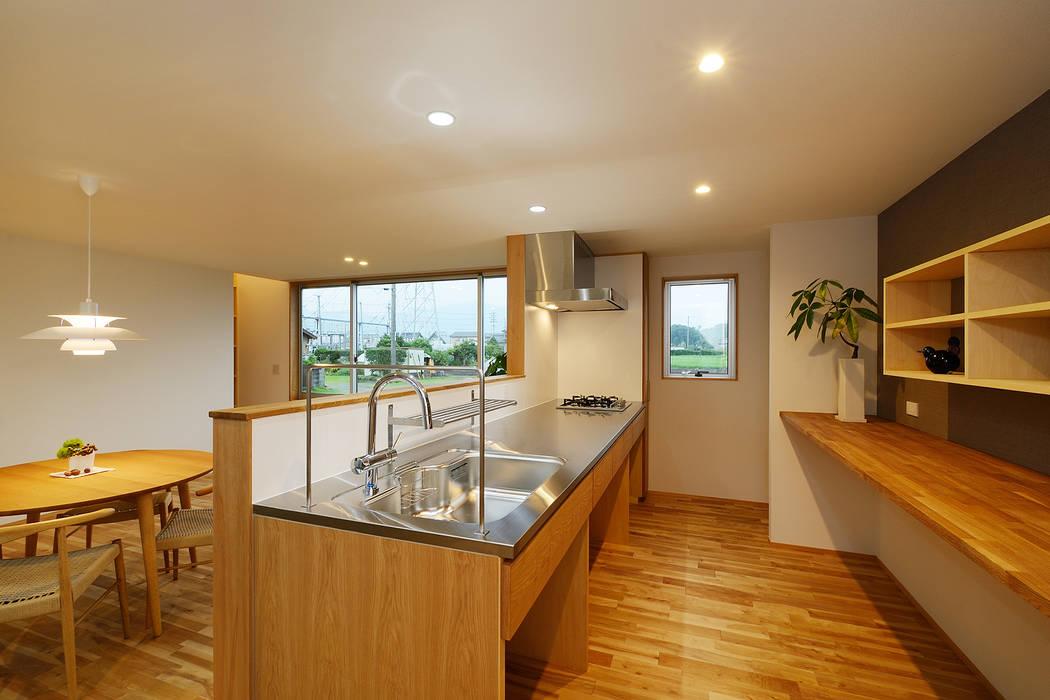 Modern kitchen by 株式会社kotori Modern