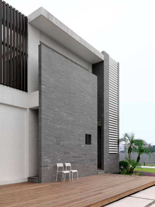 Casas de estilo  por 夏沐森山設計整合, Moderno