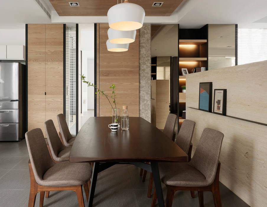 Four season house:  餐廳 by 夏沐森山設計整合, 現代風