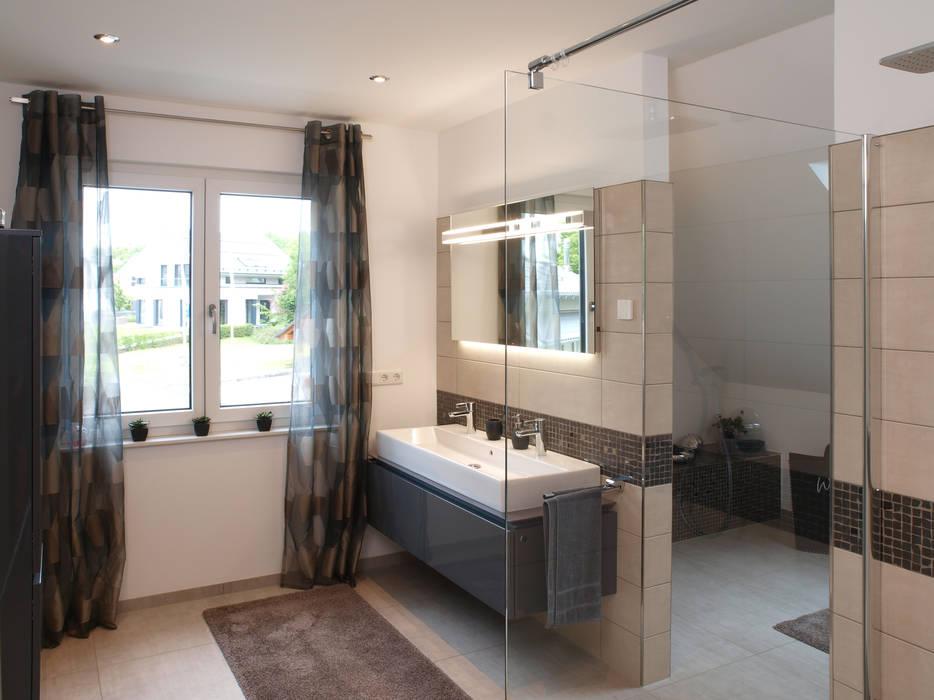 Badezimmer Im Musterhaus Bad Vilbel Von Schwabenhaus Gmbh Co Kg