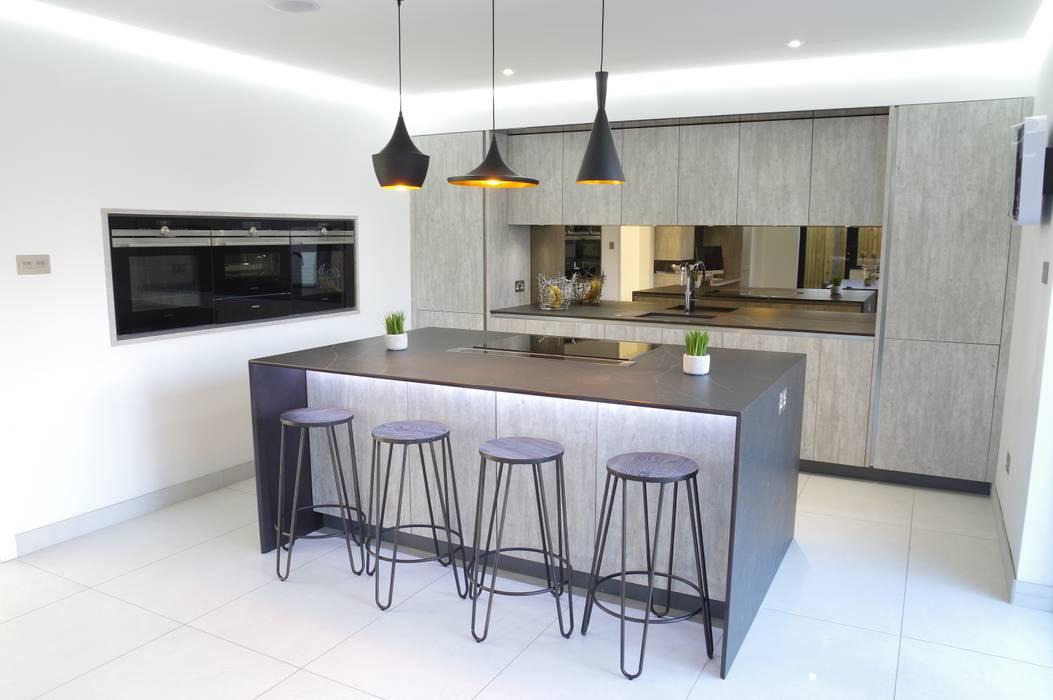 An effortlessly, stylish design PTC Kitchens Dapur Modern