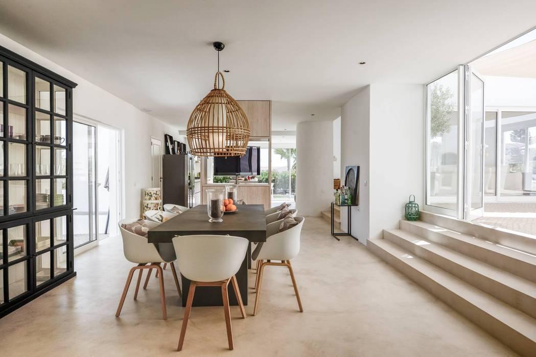 CASA MINHA studioarte Cozinhas minimalistas