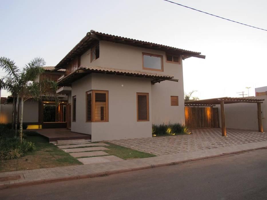 Houses by Cia de Arquitetura