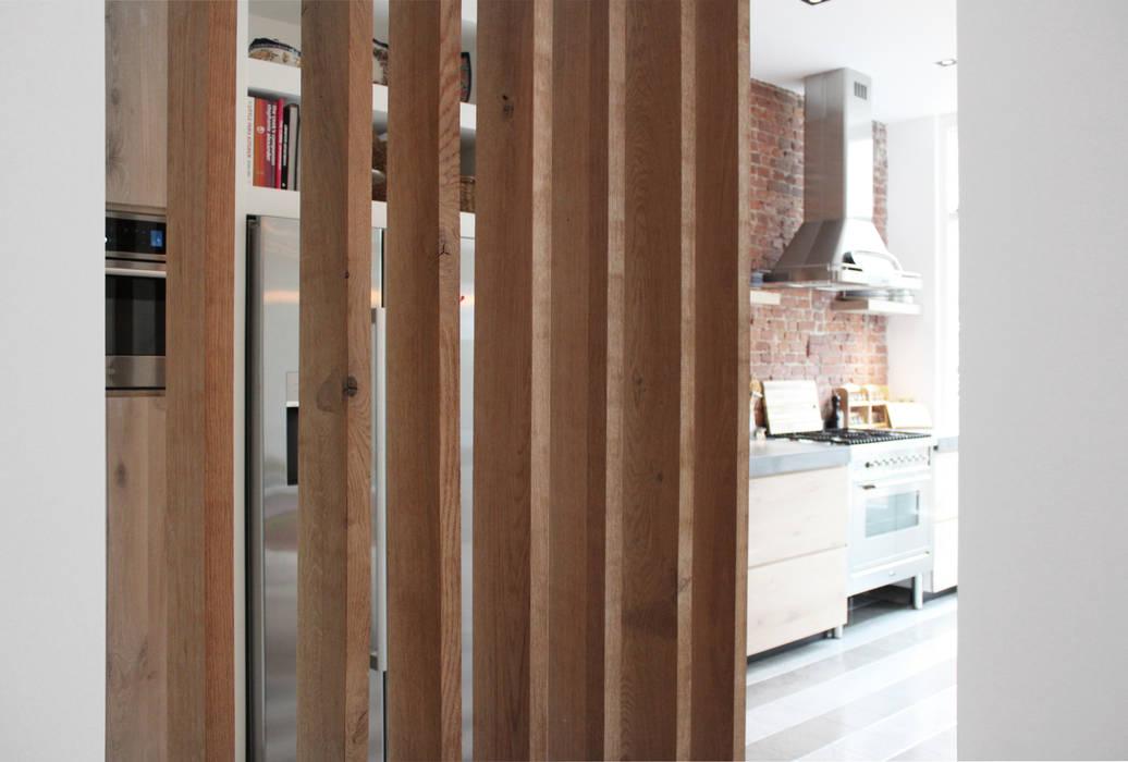Renovatie woning Den Haag Bloot Architecture Moderne keukens