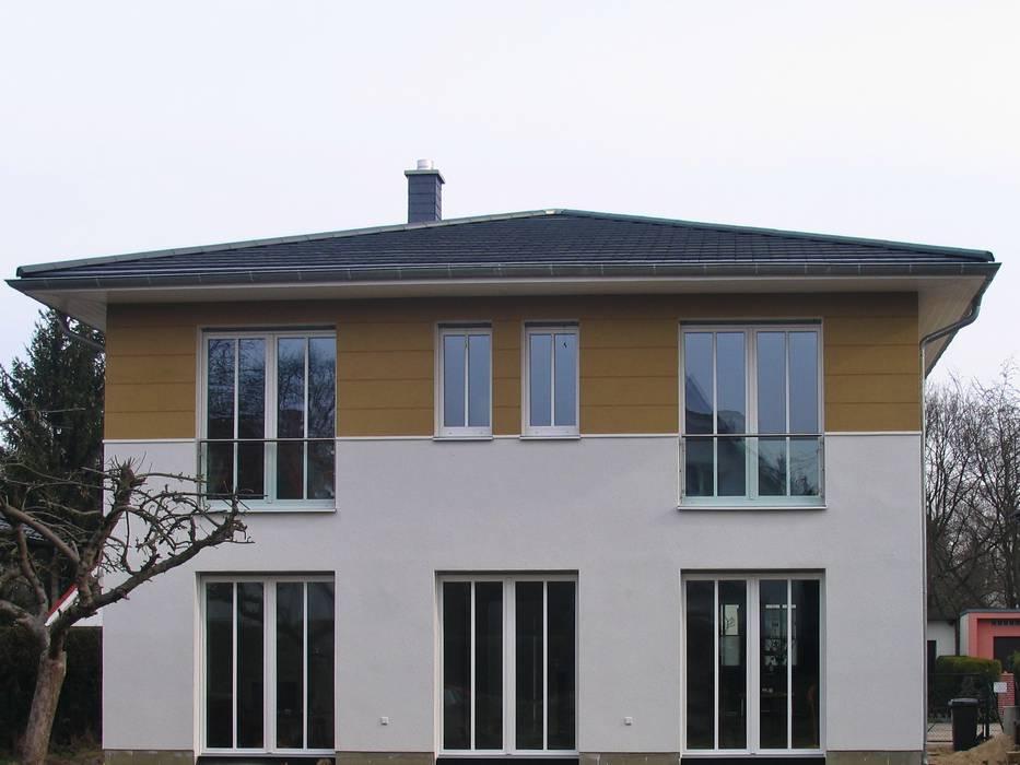 Schöner französischer balkon: balkon, veranda & terrasse von metall ...