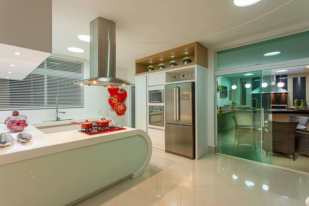 Cocinas de estilo  por Arquiteto Aquiles Nícolas Kílaris,