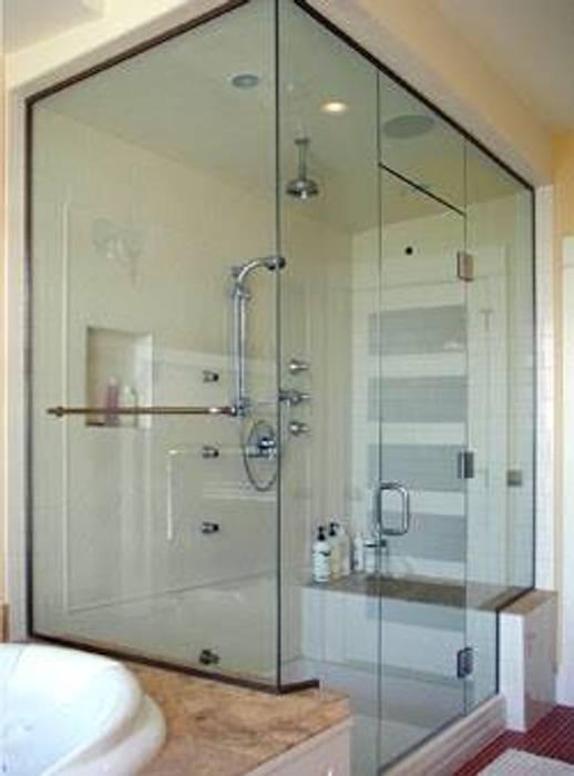 Baños de estilo moderno de ORO ARQUITECTURA Moderno