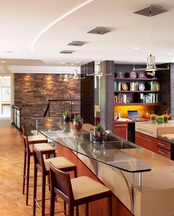 Benchscape: modern Kitchen by Lex Parker Design Consultants Ltd.