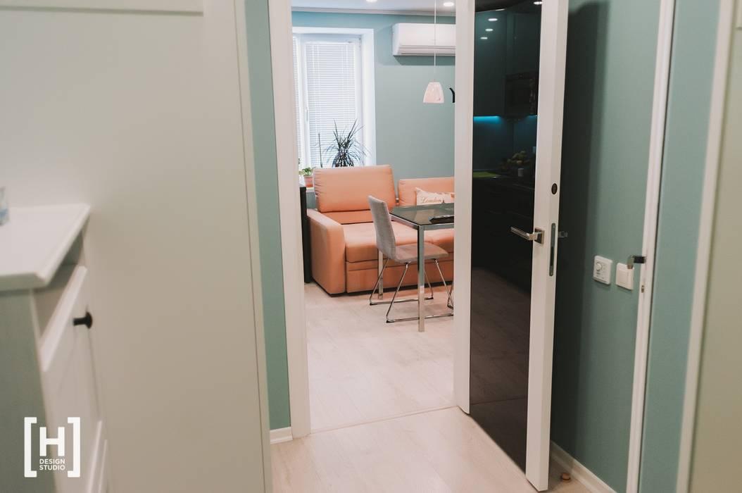 Hunter design Scandinavian style corridor, hallway& stairs Beige