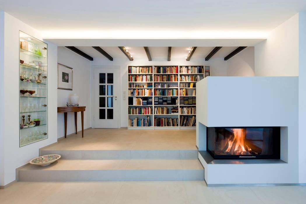 Uberlegen Wohnraum Und Bibliothek Mit Kamin: Wohnzimmer Von Raum.4   Die  Meisterdesigner