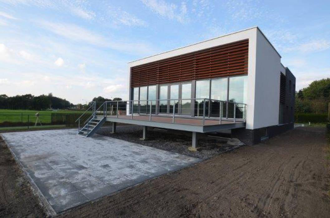 現代房屋設計點子、靈感 & 圖片 根據 ENA architecten 現代風