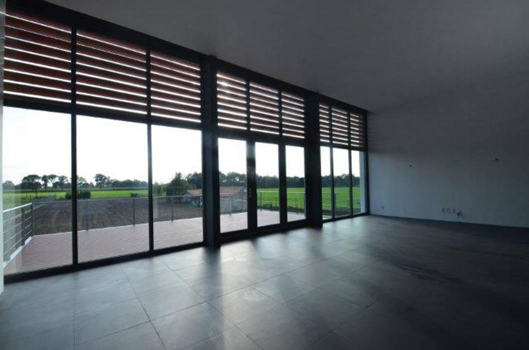 Moderne Wohnzimmer von ENA architecten Modern