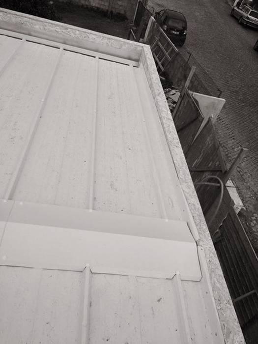 Cobertura painel sanduíche por Seixas & Filhos Engenharia e Construção