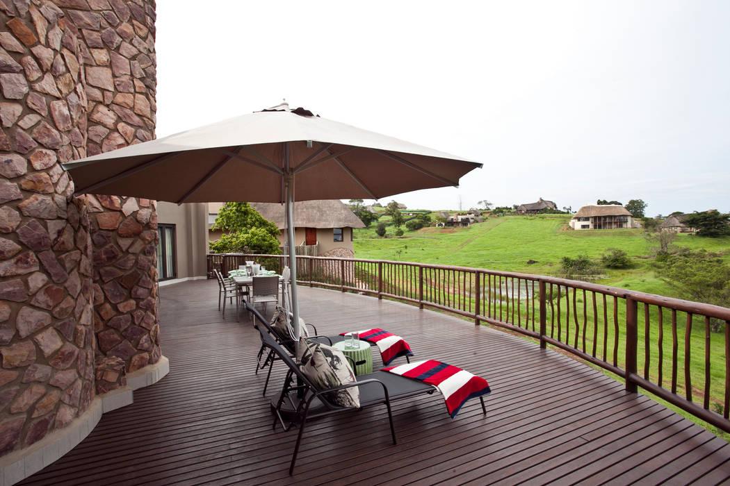 Balcones y terrazas de estilo clásico de House of Decor Clásico