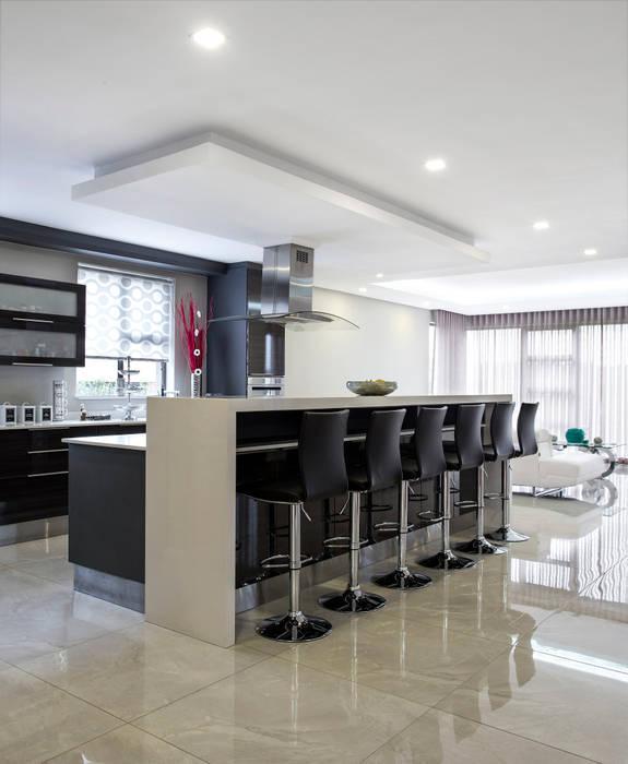 Ultra Modern : Kitchen By Francois Marais Architects