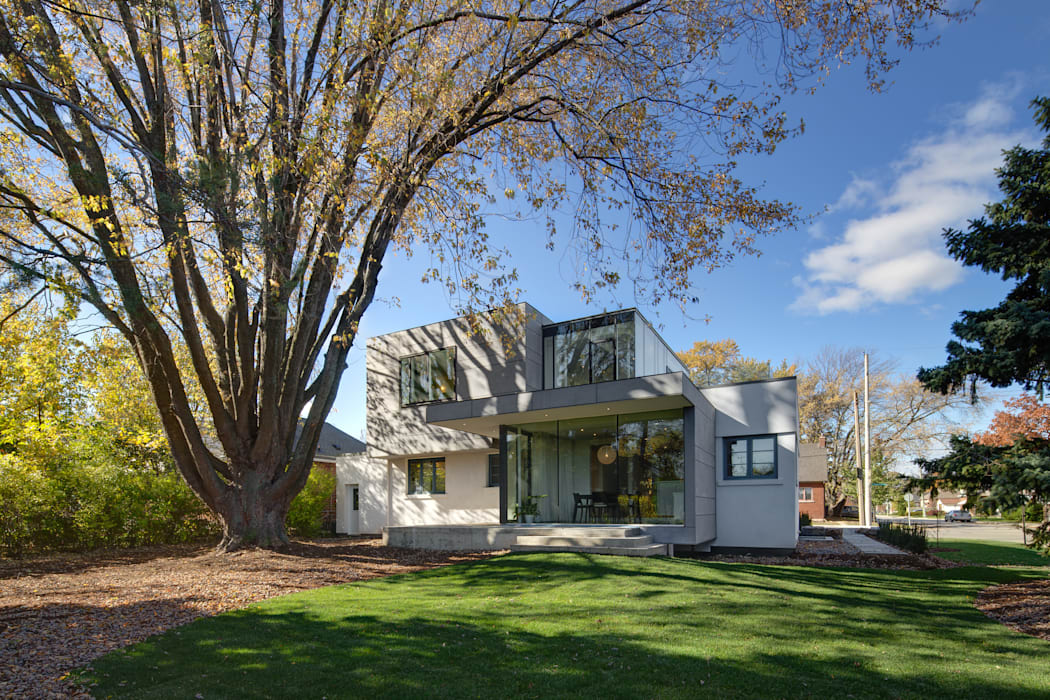 The Hambly House Modern Garden by dpai architecture inc Modern