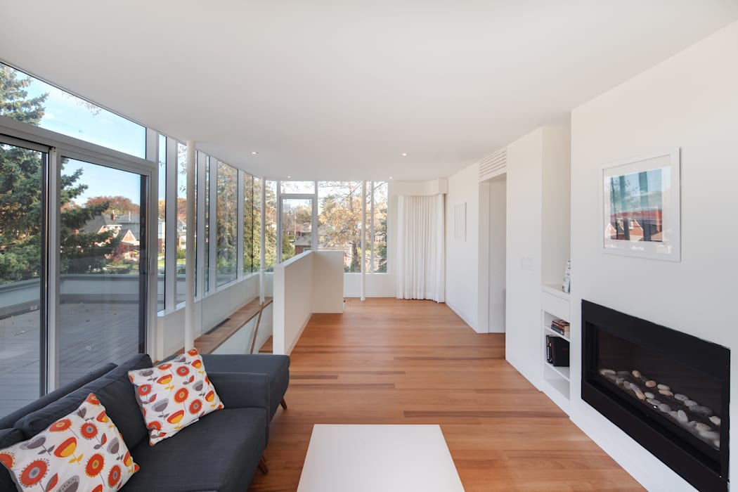 The Hambly House dpai architecture inc Living room