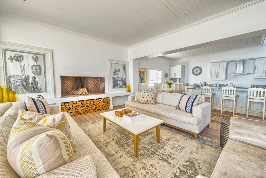 Atlantic Drive by House Couture Interior Design Studio Eclectic