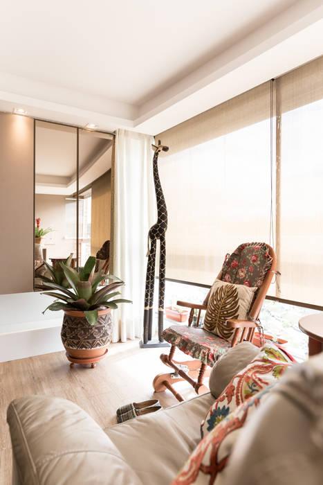 Phòng khách theo Kali Arquitetura, Tối giản