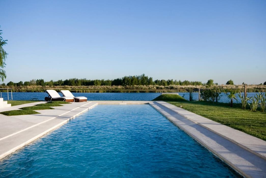 CIBA ARQUITECTURA Modern pool