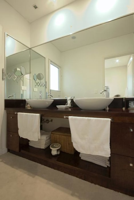 Salle de bains de style  par CIBA ARQUITECTURA, Moderne